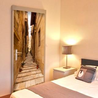 Φωτοταπετσαρία πόρτας - Photo wallpaper – Narrow alley I